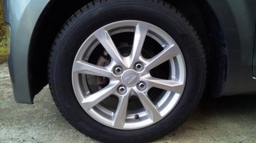 タイヤ組み換え (16)
