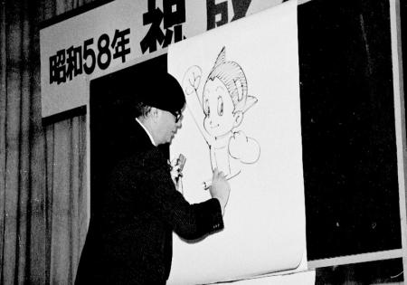 11手塚先生、東久留米市成人式での講演3