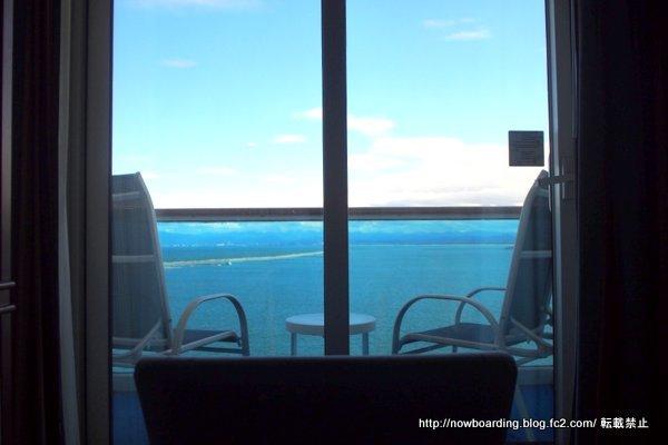 客室の窓からの景色 海側バルコニー