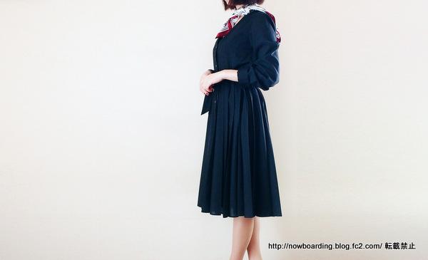 コントワー・デ・コトニエ(Comptoir des Cotonniers) 愛用 ブログ 着用画像 プリーツドレス