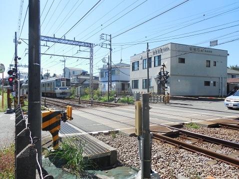 小田急江ノ島線の中央林間2号踏切@大和市f