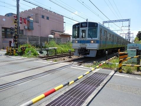 小田急江ノ島線の大和4号踏切@大和市f
