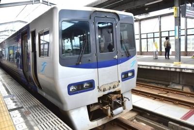宇多津駅で連結