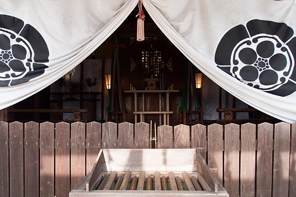 猿田彦神社社殿内