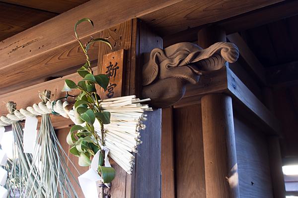 喚續社新宮社の象の彫り物