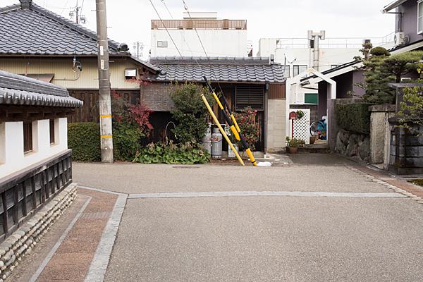 犬山城下クランクの道