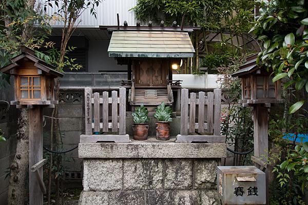 柵下町秋葉神社社前