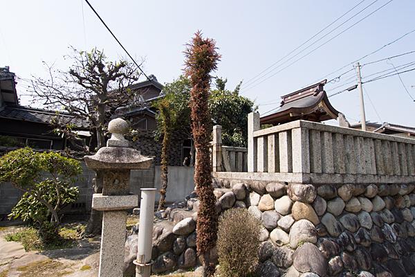 恵比子神社横から