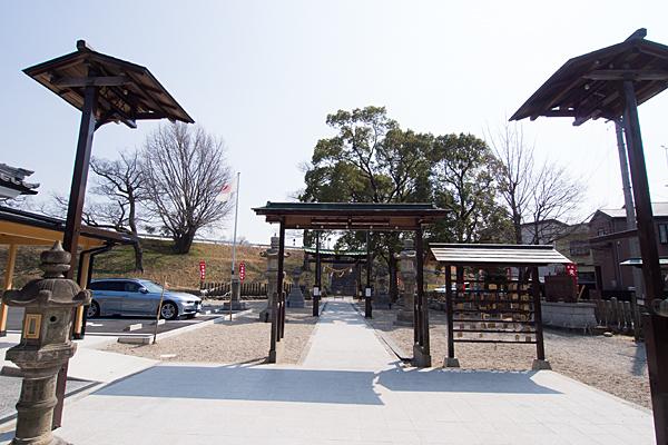 上小田井星神社境内の風景
