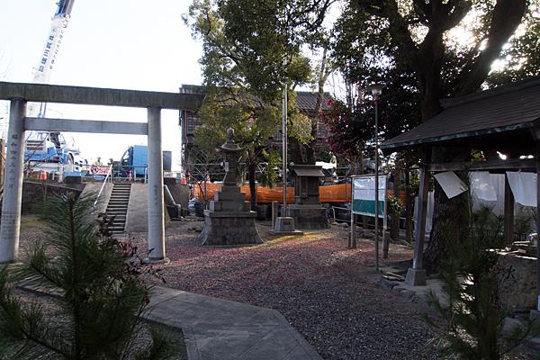 ハノ割稲荷神社境内の風景
