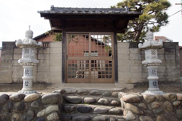 大門秋葉神社