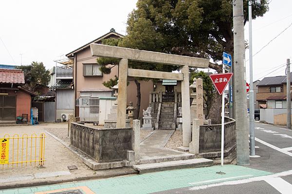 駈上秋葉神社入り口