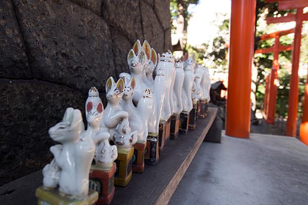 鹿島稲荷神社キツネの陶器