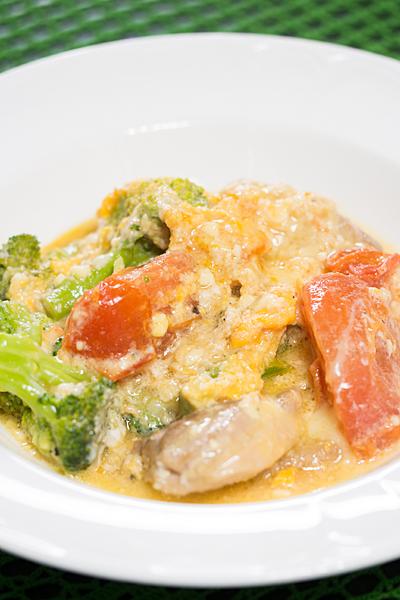 鶏肉と野菜の卵チーズ