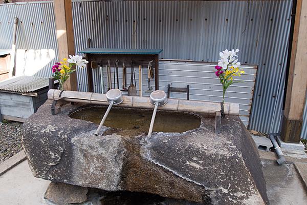 千鳥神社手水舎
