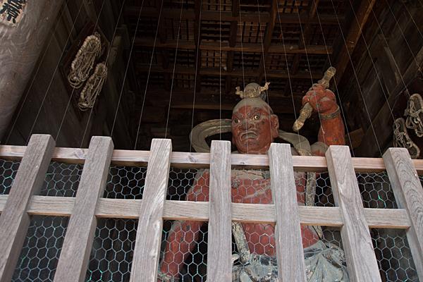 笠寺観音仁王門の仁王像