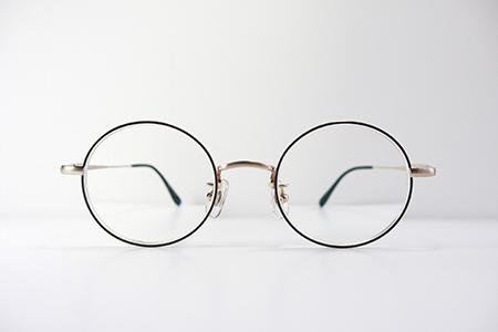 見附市のめがね店 ダサ可愛いメガネ