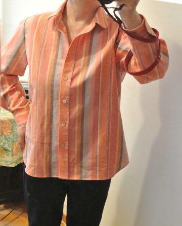 綿麻ストライプのシャツ