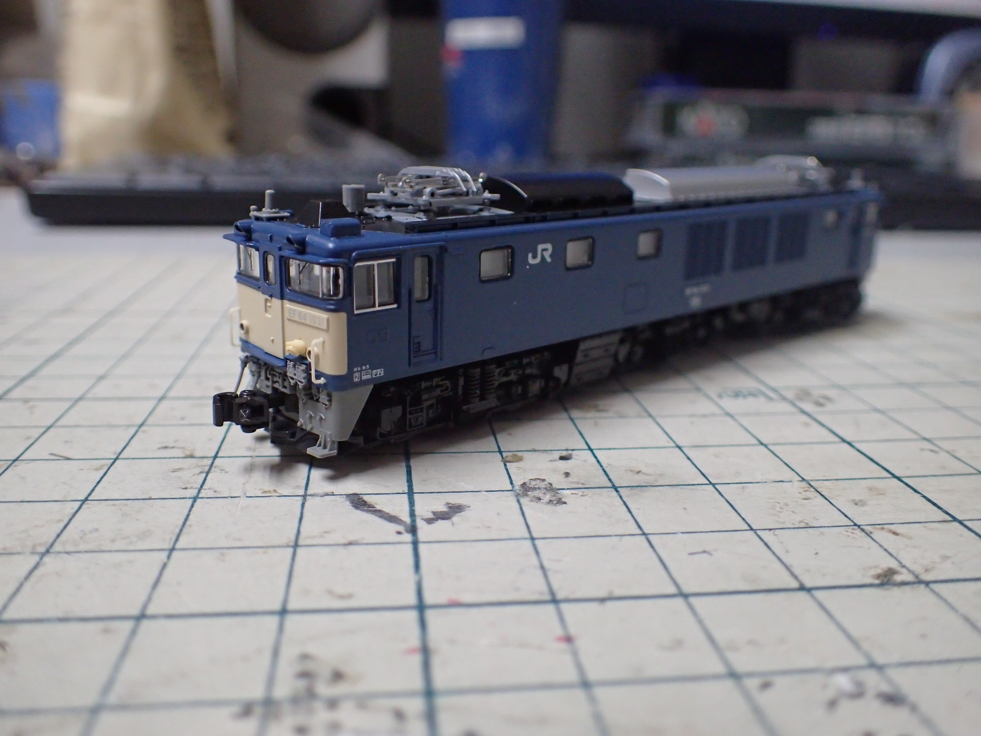 死神機関車のあだ名を持つEF64-1031長岡車両センターです。