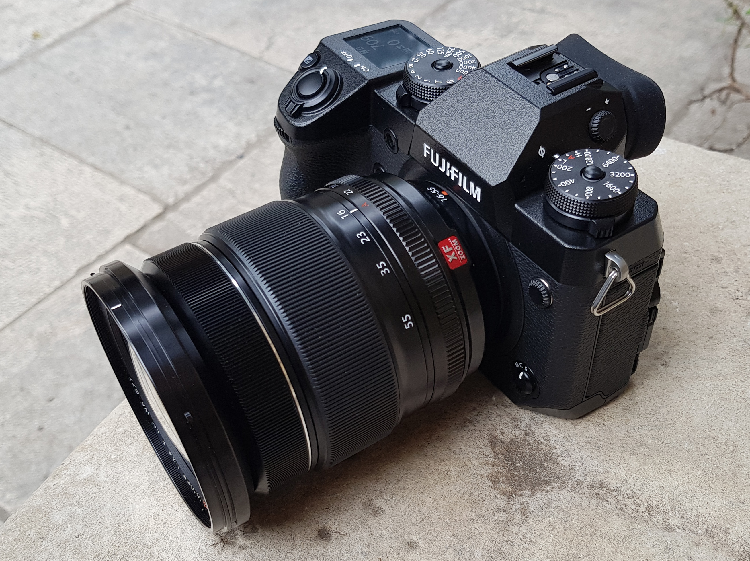 highres-Fujifilm-X-H1-outside-4_1518651977.jpg