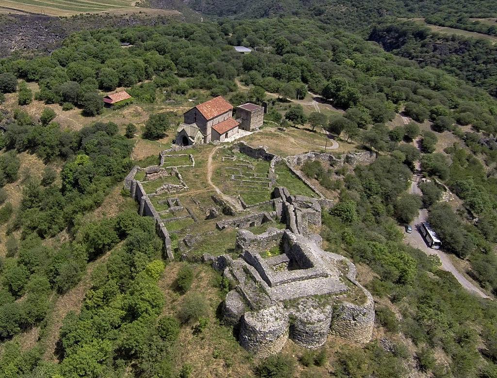 ドマニシ城跡と遺跡群