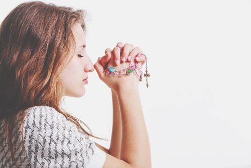 女性 祈り