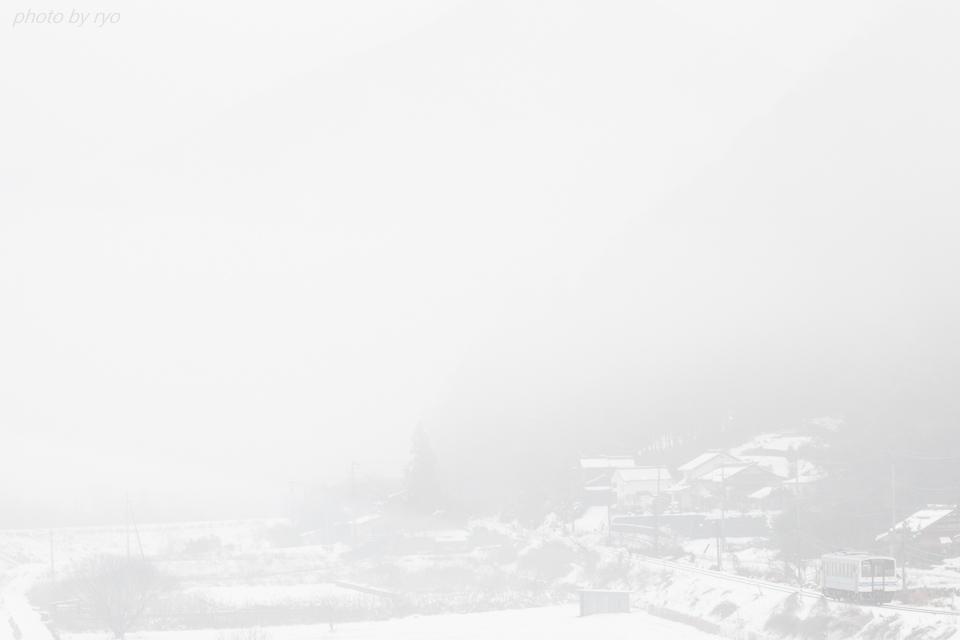 残雪の中を_1