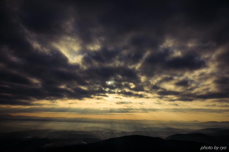 薄い霧と光芒と_2