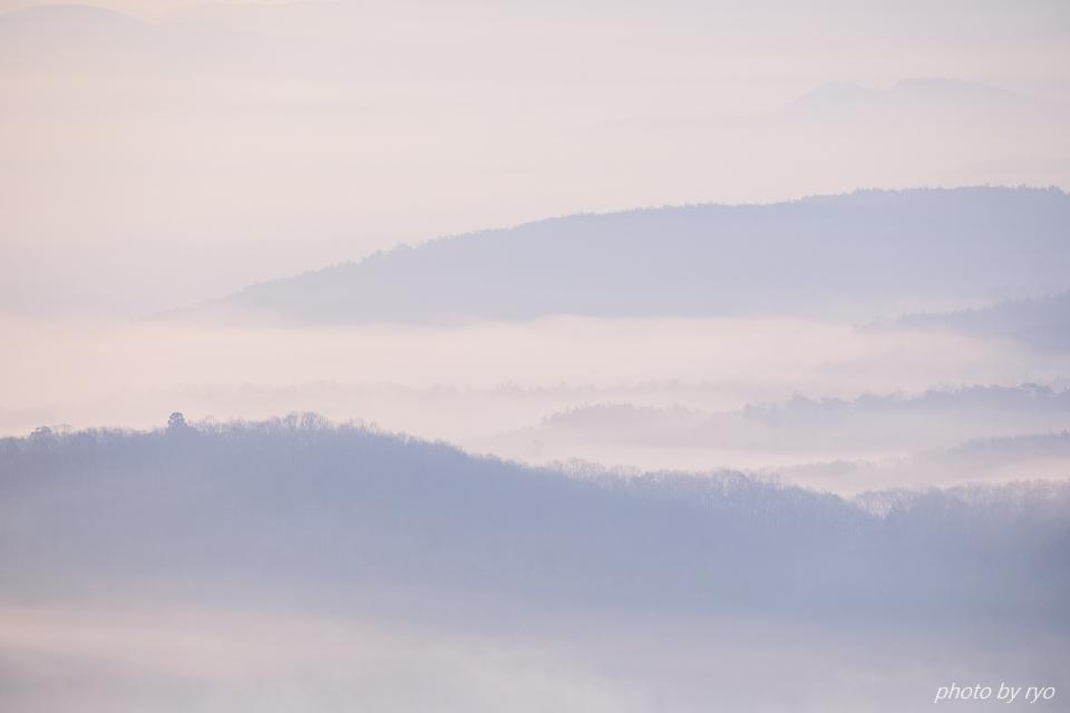 霧の低い朝に_2