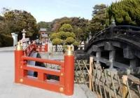 4_上田久和_八幡宮の橋D