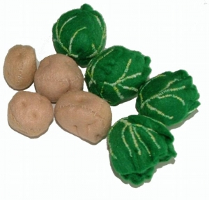 芽キャベツと小芋