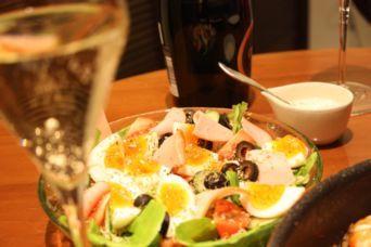玉子とハムの野菜サラダ