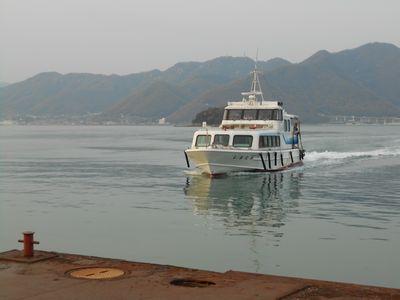15_佐木島高速船jpg