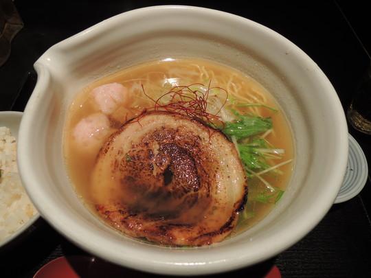 銀笹塩ラーメン(850円)