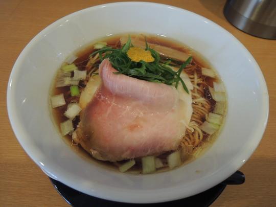 鶏しょうゆ(800円)