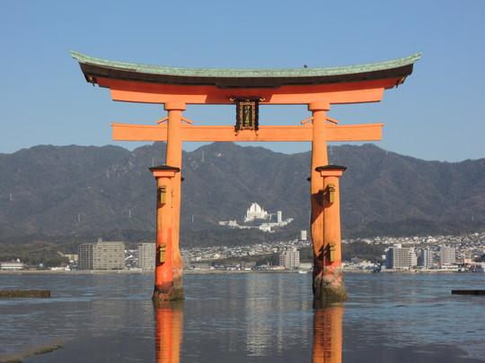 厳島神社(大鳥居)