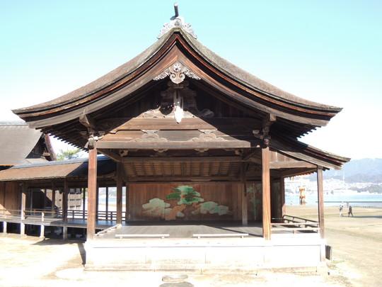 厳島神社(能舞台)