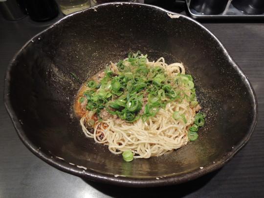 汁なし担担麺(普通盛)2辛(580円)