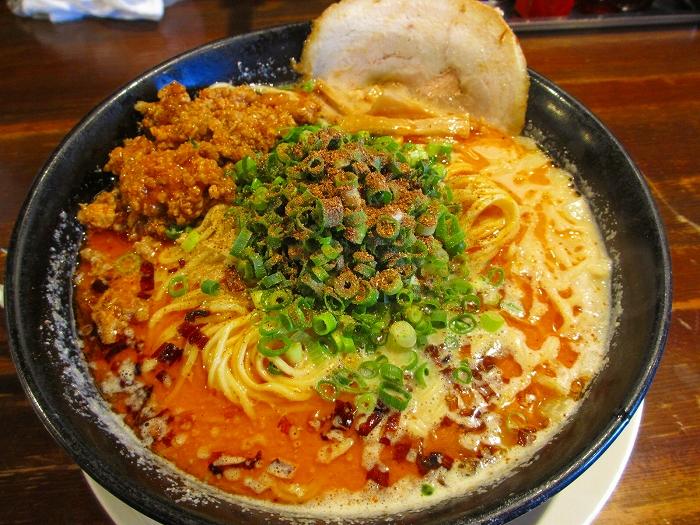 吉風赤道 ニラ担々麺