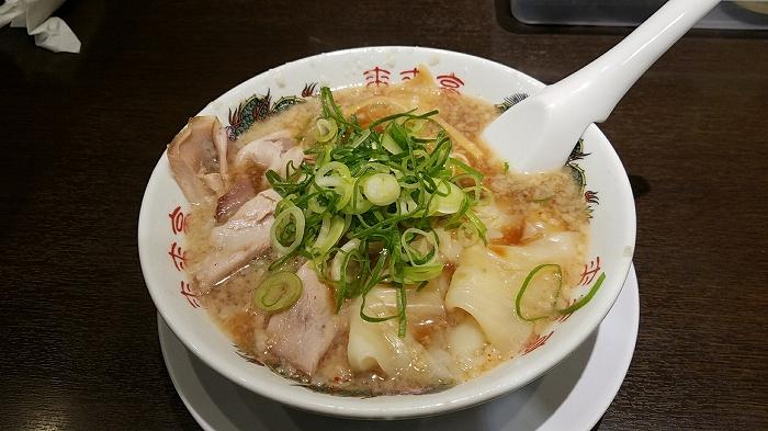 来来亭三条 ワンタン麺