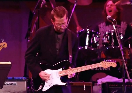 eric-clapton-performs-october-16-1992-at-madison-square-garden_450.jpg