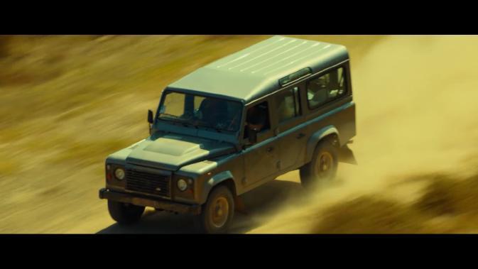 tgm-Land-Rover Defender 110 07