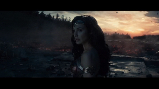 ww-Gal Gadot in sunrise
