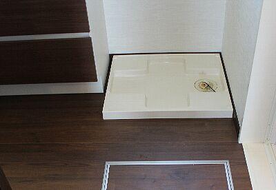 lavatory_pan_01up.jpg