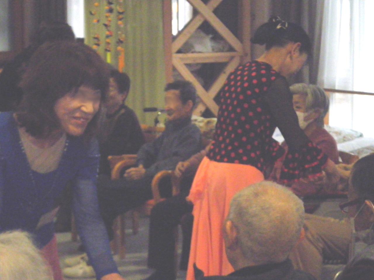 dancing5-bokashi.jpg