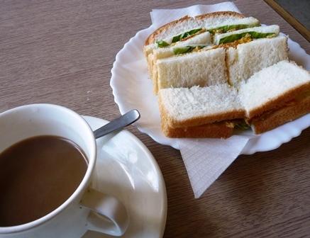 マナー:モーニングサービス;サンドイッチ2