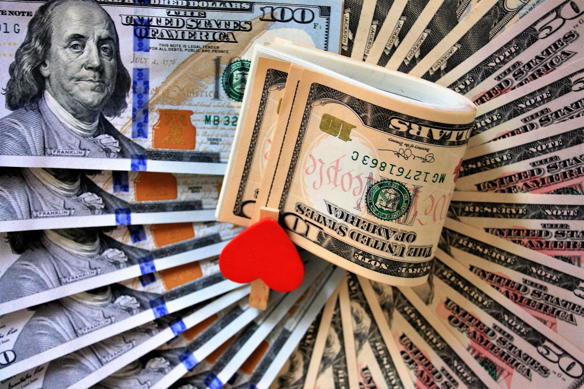 currency-3125440_1920.jpg