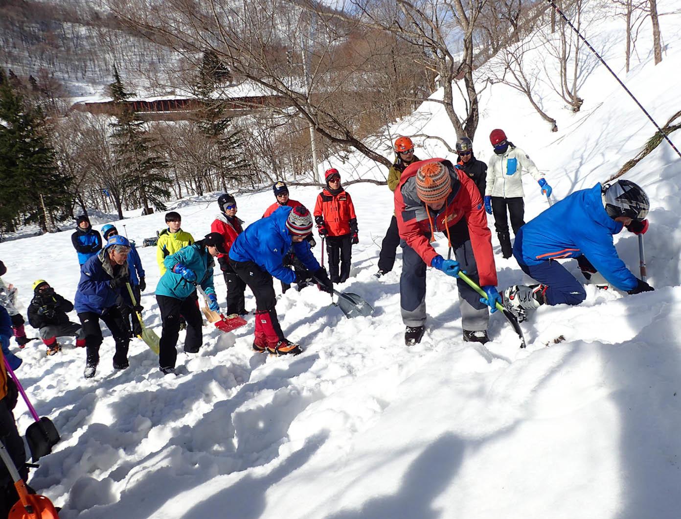 関東雪崩(61)