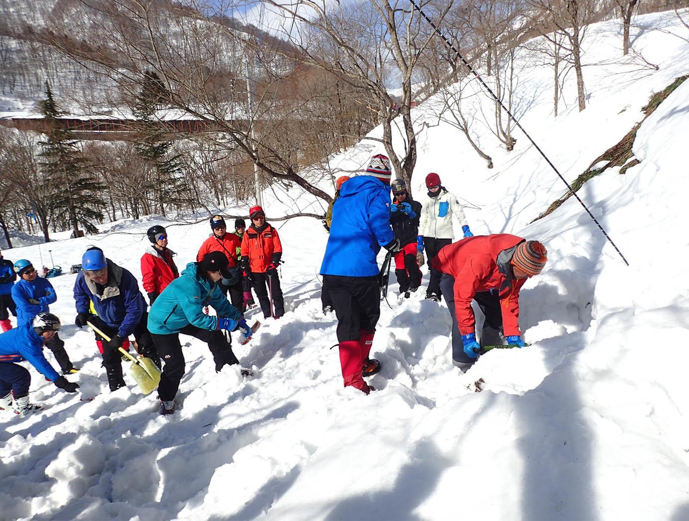 関東雪崩(64)