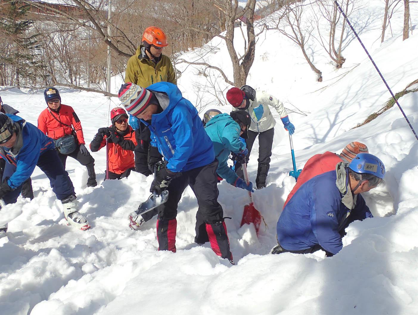 関東雪崩(65)